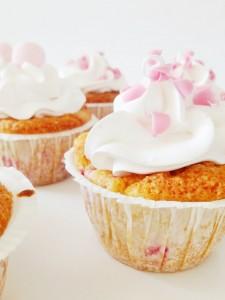 Jordbær cupcakes med fløde og vanilje