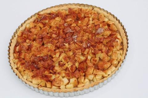 Æbletærte med mørdej og kanelsukker