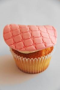 Cupcakes med frosting og fondant