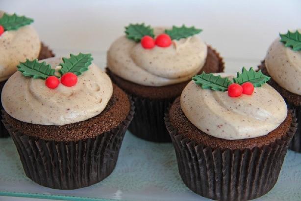 Honningkage cupcakes med kanelfrosting