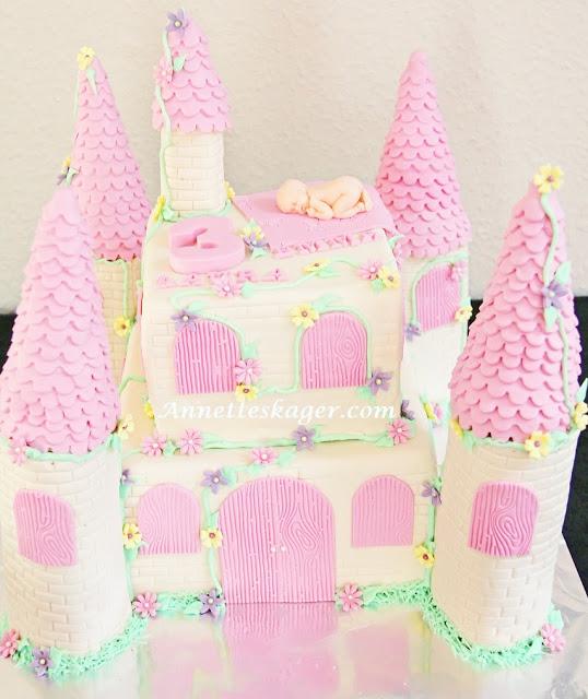 dåbs og 3 års kage