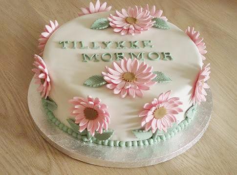 Fondant blomster kage