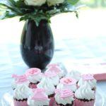 Cupcakes til pige babyshower