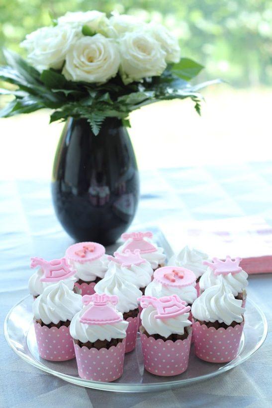 babyshower cupcakes til piger - Annetteskager