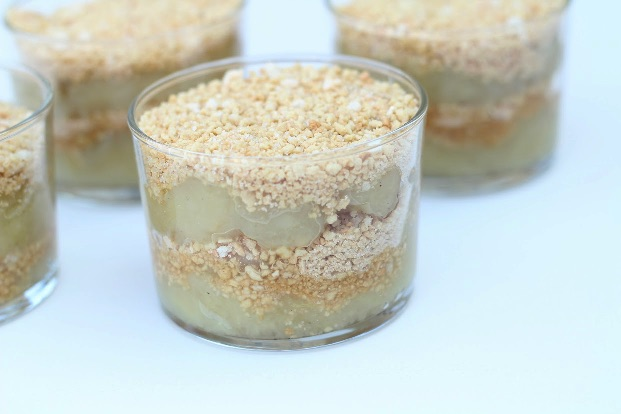 Gammeldags æblekage i glas
