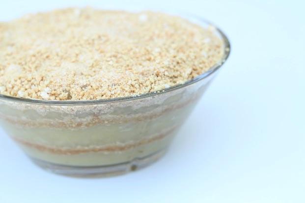 Gammeldags æblekage med makroner - Annetteskager