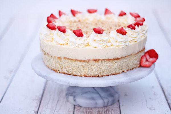 Opskrift kage - Lagkage med koldskålsmousse